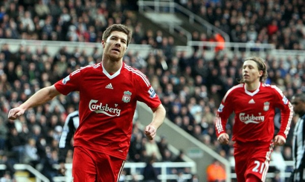 Liverpool ryckte i toppen